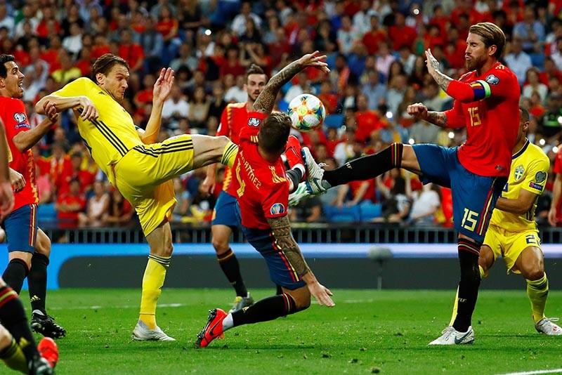 Vòng loại Euro 2020: 'Ông lớn hội tụ', căng thẳng 2 bảng D, E - ảnh 2