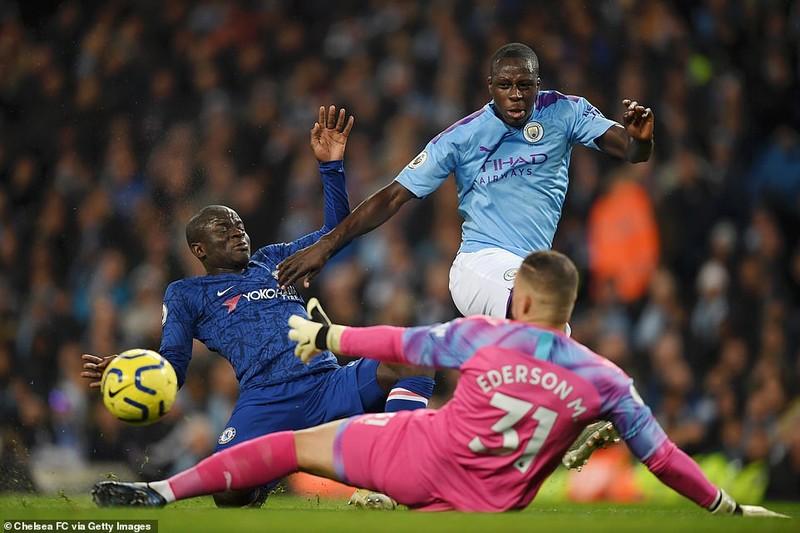 Lội ngược dòng trong hiệp 1, Man City vượt mặt Chelsea - ảnh 1