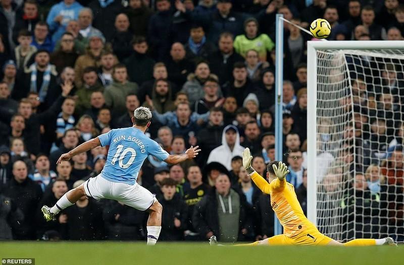 Lội ngược dòng trong hiệp 1, Man City vượt mặt Chelsea - ảnh 4