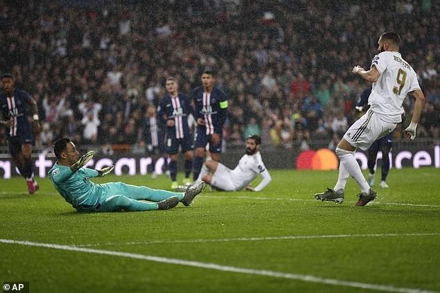 Real chia điểm phút cuối trước PSG, Bayern 'chơi tennis' - ảnh 1