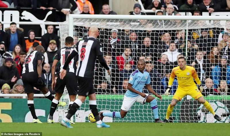 Man City mất điểm phút cuối trước Newcastle - ảnh 2