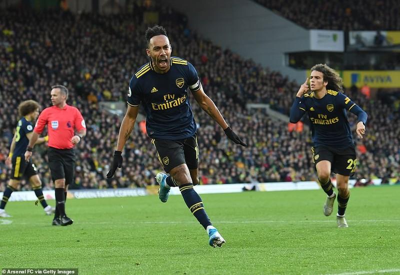 Aubameyang lập 'cú đúp' giúp Arsenal thoát thua - ảnh 4