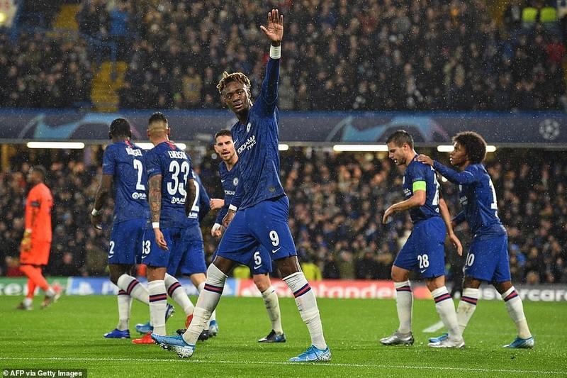 Sao trẻ Barca tỏa sáng, Inter dừng chân tại Champions League - ảnh 5