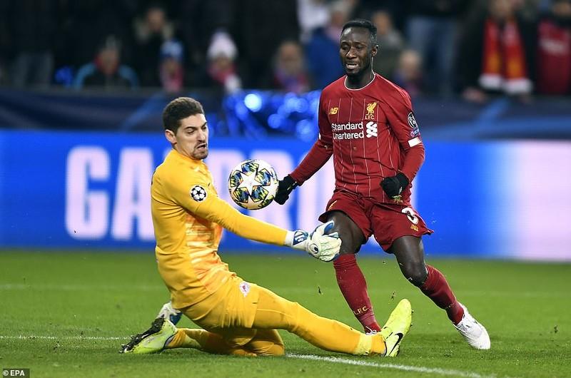 Bùng nổ hiệp 2, Liverpool kết thúc vòng bảng với ngôi đầu - ảnh 2