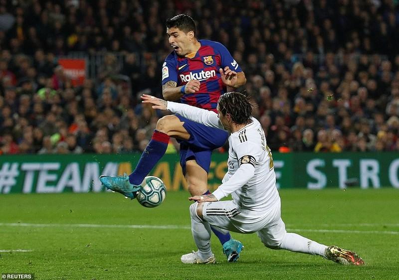 Siêu kinh điển Barcelona - Real thiếu bàn thắng, thừa thẻ phạt - ảnh 5