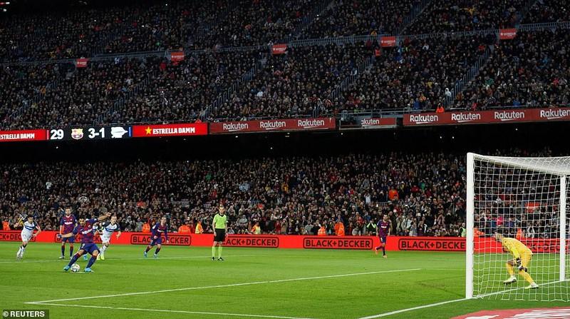 Trọng tài 2 lần từ chối bàn thắng, Barca vẫn thắng tưng bừng - ảnh 6