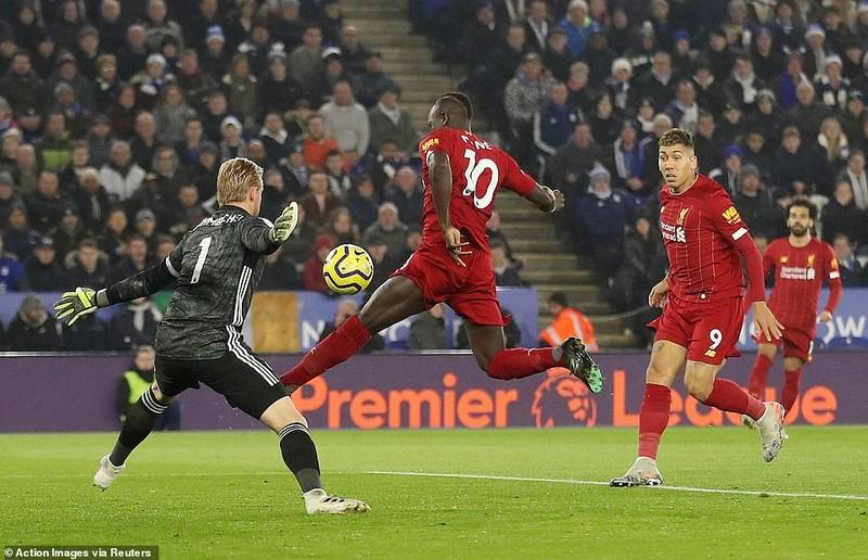 """Ghi 3 bàn chưa đến 10 phút, Liverpool """"xử đẹp"""" Leicester City - ảnh 3"""