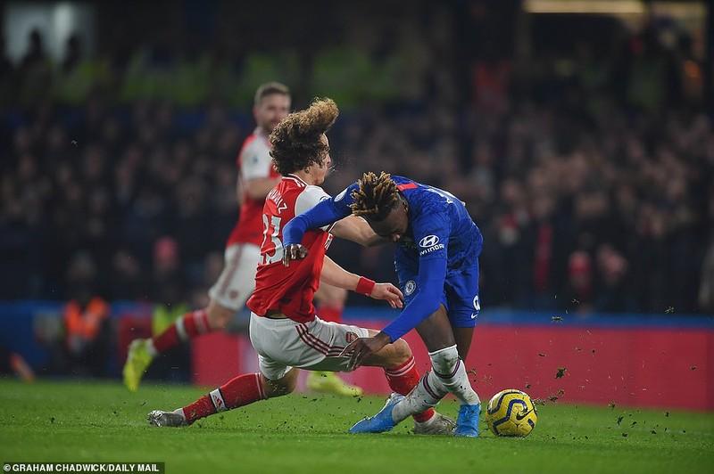 Chelsea-Arsenal hòa kịch tính, Man.City thắng khó đội cửa dưới - ảnh 1