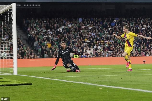 Messi lập hat trick kiến tạo, Barca liên tục rượt đuổi tỉ số - ảnh 2