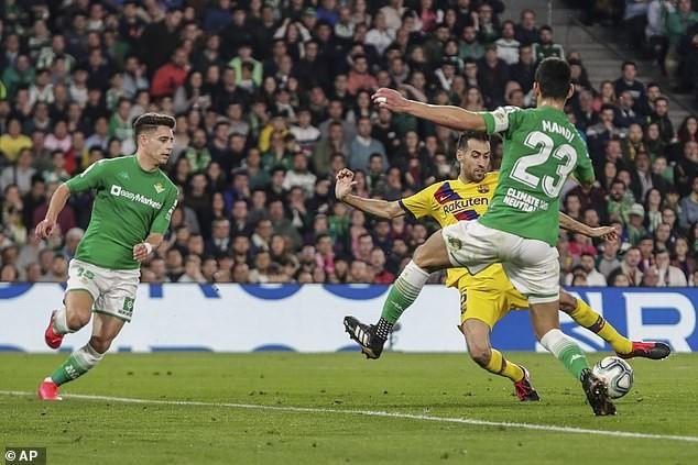Messi lập hat trick kiến tạo, Barca liên tục rượt đuổi tỉ số - ảnh 4