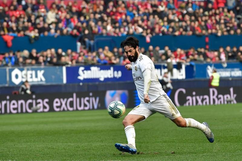 Lội ngược dòng tưng bừng, Real Madrid tiếp tục bảo vệ ngôi đầu - ảnh 2
