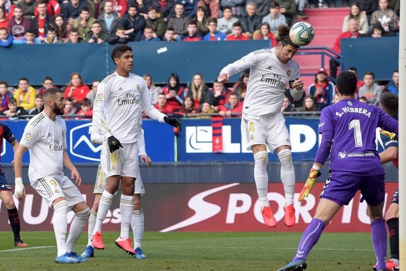Lội ngược dòng tưng bừng, Real Madrid tiếp tục bảo vệ ngôi đầu - ảnh 3
