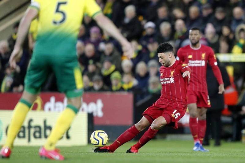 Mane tỏa sáng, Liverpool nhọc nhằn thắng đội chót bảng - ảnh 1