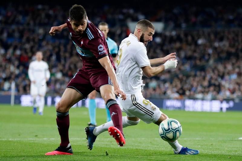 Chia điểm phút cuối, Real Madrid lung lay ngôi đầu trước Barca - ảnh 2