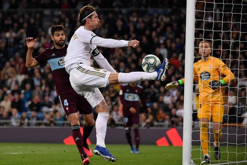 Chia điểm phút cuối, Real Madrid lung lay ngôi đầu trước Barca - ảnh 3