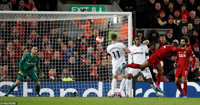 Liverpool thắng khó West Ham bằng màn rượt đuổi tỉ số  - ảnh 1
