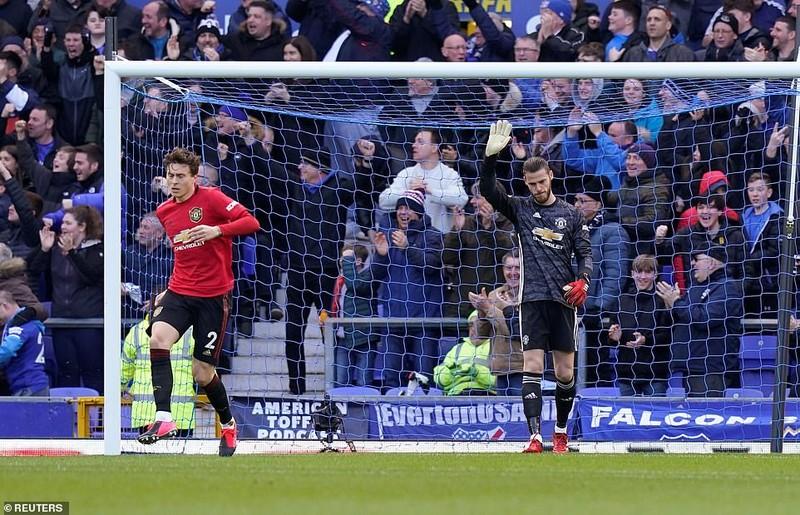 VAR 'cứu thua' phút cuối, MU nhọc nhằn có điểm trước Everton - ảnh 1