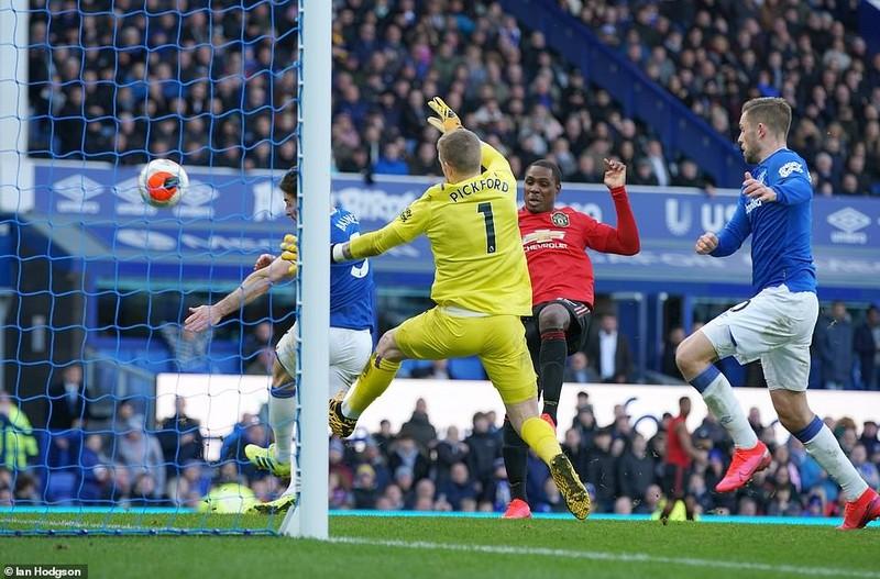 VAR 'cứu thua' phút cuối, MU nhọc nhằn có điểm trước Everton - ảnh 7