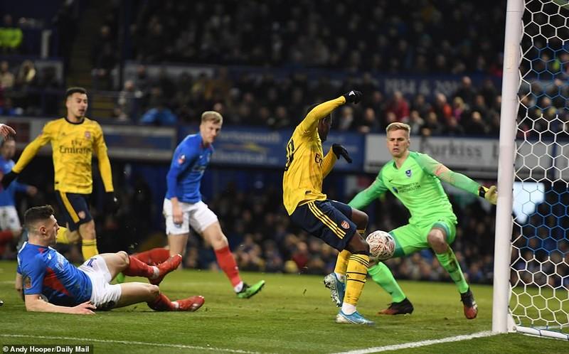 Thắng dễ đội hạng 3, Arsenal giành vé vào tứ kết FA Cup - ảnh 4