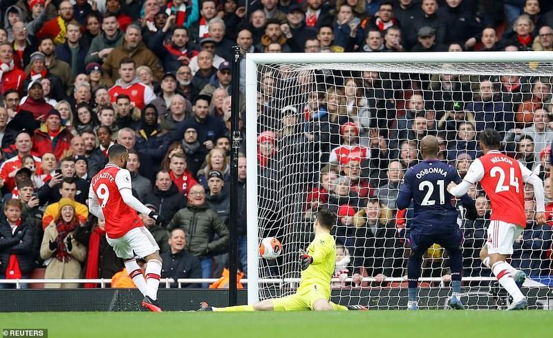 Cột dọc, xà ngang cứu thua, Arsenal nhọc nhằn giành 3 điểm - ảnh 6