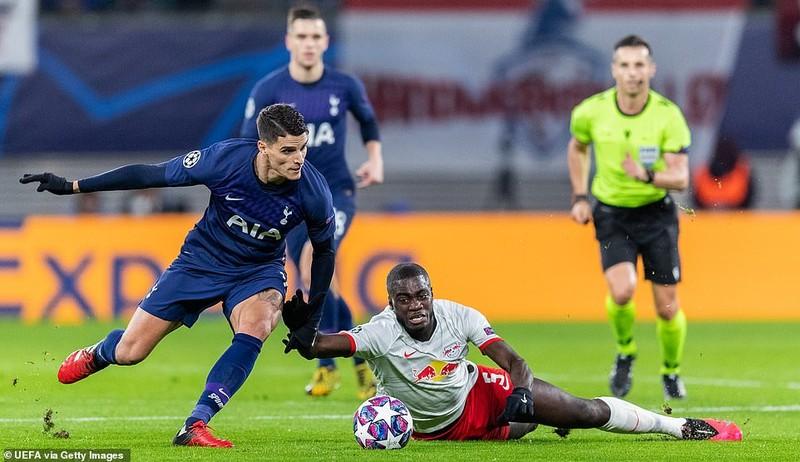 Leipzig hủy diệt Tottenham, Atalanta thắng kịch tính Valencia - ảnh 1