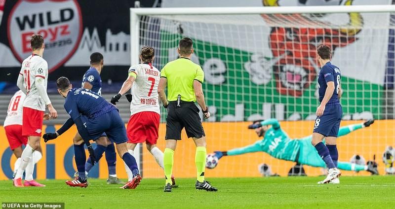 Leipzig hủy diệt Tottenham, Atalanta thắng kịch tính Valencia - ảnh 2