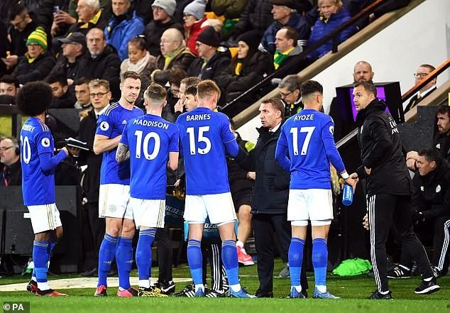 3 cầu thủ Leicester bị cách ly, Chelsea bỏ tập vì COVID-19 - ảnh 2