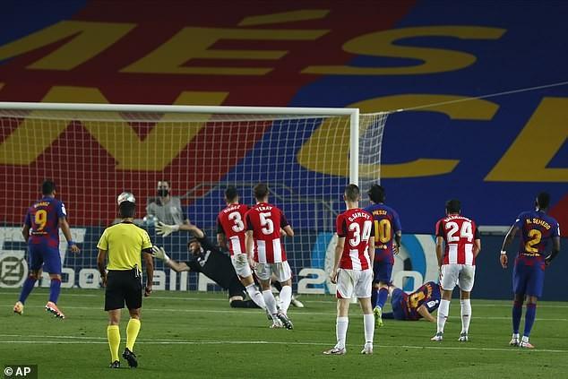 Thắng khó Athletic Bilbao, Barcelona tái chiếm ngôi đầu - ảnh 3
