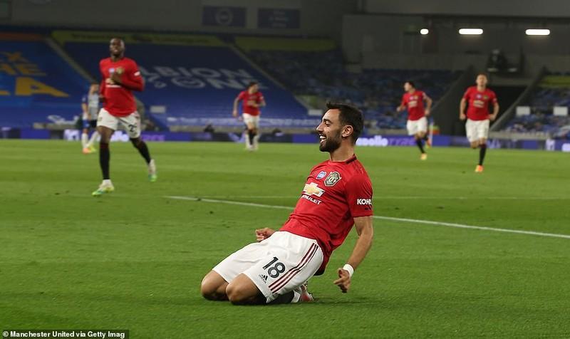 Fernandes lập cú đúp, MU duy trì thế bám đuổi với Chelsea - ảnh 3