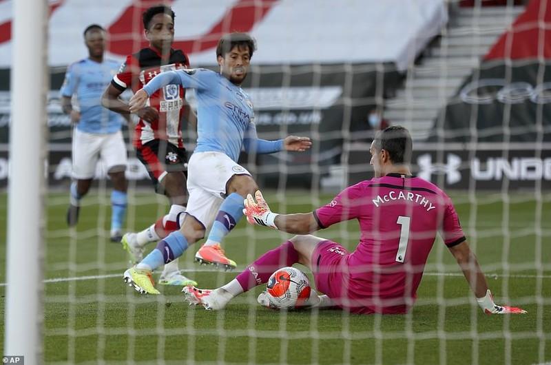Liverpool bùng nổ hiệp 2, Man. City thua sốc Southampton - ảnh 5