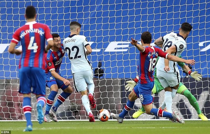 Chelsea thắng kịch tính, Arsenal mất điểm cuối trận  - ảnh 1