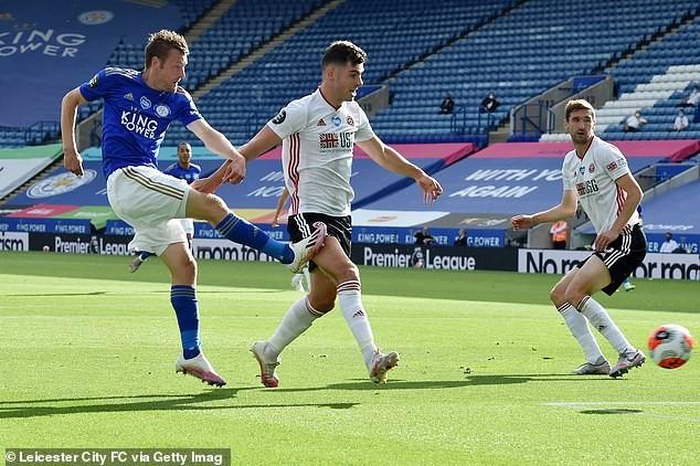 Cùng thắng, MU và Leicester City quyết liệt cạnh tranh Top 4 - ảnh 6