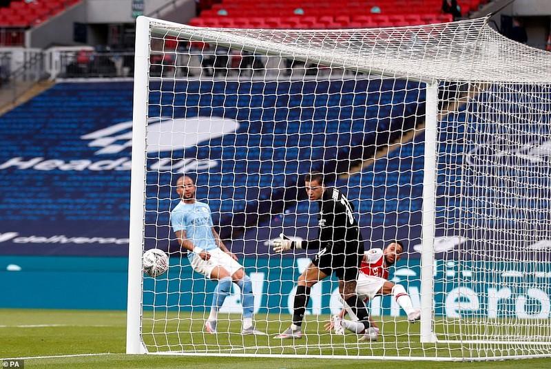 Aubameyang lập cú đúp, Man. City thành cựu vương ở FA Cup - ảnh 2