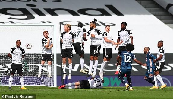 'Hủy diệt' Fulham, Arsenal mở màn Premier League ấn tượng - ảnh 3