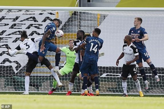 'Hủy diệt' Fulham, Arsenal mở màn Premier League ấn tượng - ảnh 4