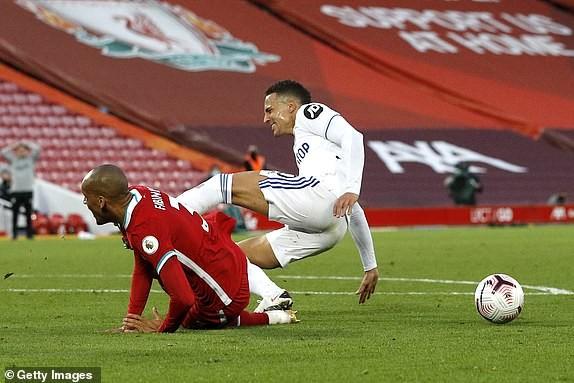 Salah lập Hattrick, Liverpool nhọc nhằn thắng đội mới lên hạng - ảnh 7