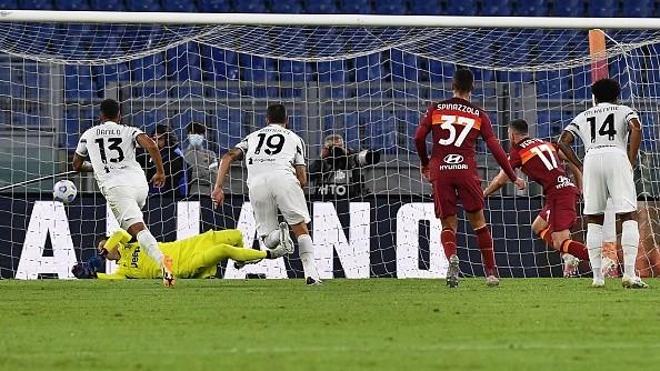 Ronaldo bùng nổ, Juventus nhọc nhằn rời thành Rome với 1 điểm - ảnh 1
