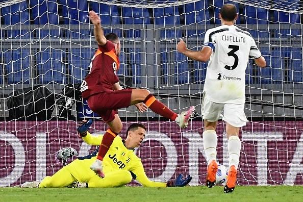 Ronaldo bùng nổ, Juventus nhọc nhằn rời thành Rome với 1 điểm - ảnh 3