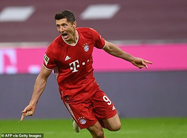 Lewandowski lập poker, Bayern thắng nghẹt thở phút bù giờ - ảnh 2