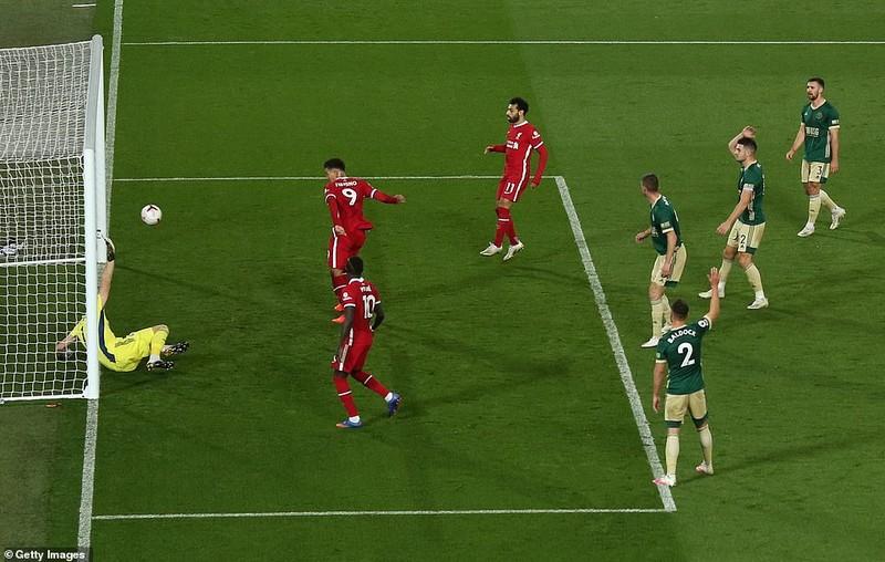 Hàng công tỏa sáng, Liverpool ngược dòng kịch tính tại Anfield - ảnh 4