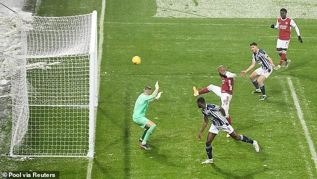 Arsenal thắng trận thứ ba liên tiếp, Tottenham vào Top 3 - ảnh 3