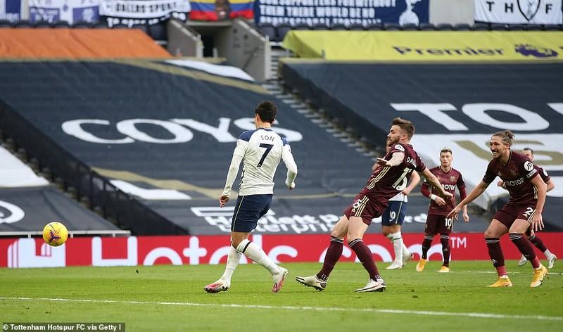Arsenal thắng trận thứ ba liên tiếp, Tottenham vào Top 3 - ảnh 5