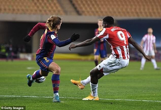 Messi nhận thẻ đỏ, Barca nhìn Bilbao lên ngôi vô địch - ảnh 4