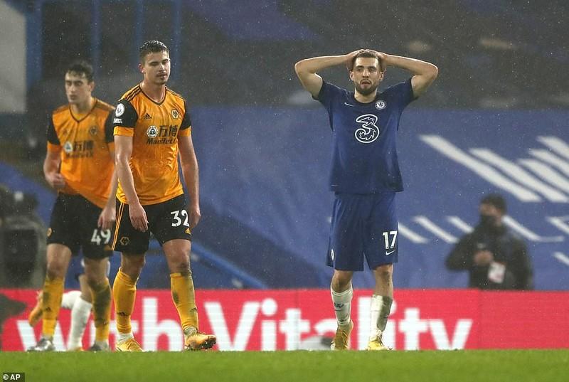 Chelsea chia điểm trước Wolves, MU thua sốc đội bét bảng - ảnh 2