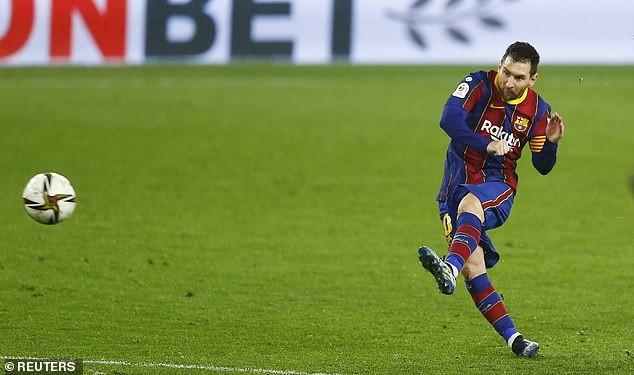 Messi 'đứng hình', người cũ 'kết liễu' Barcelona - ảnh 3