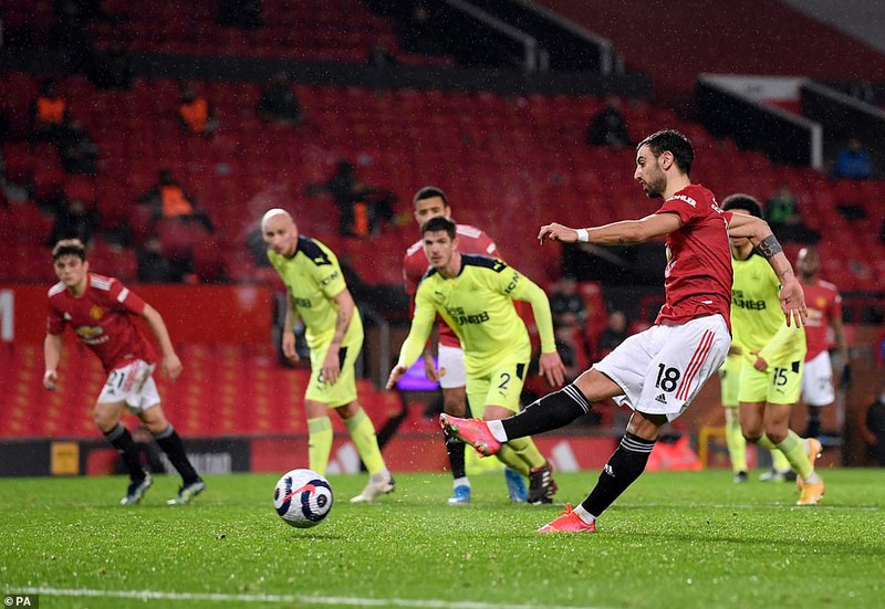MU thắng lớn Newcastle tại Old Trafford - ảnh 4