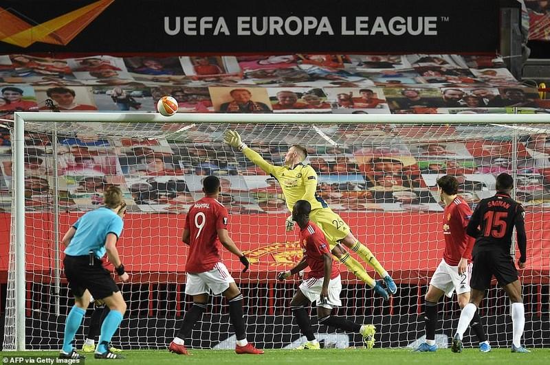 MU hòa tại Old Trafford, Aubameyang cứu Arsenal - ảnh 2