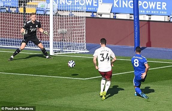 Arsenal ngược dòng đánh bại Leicester City - ảnh 1
