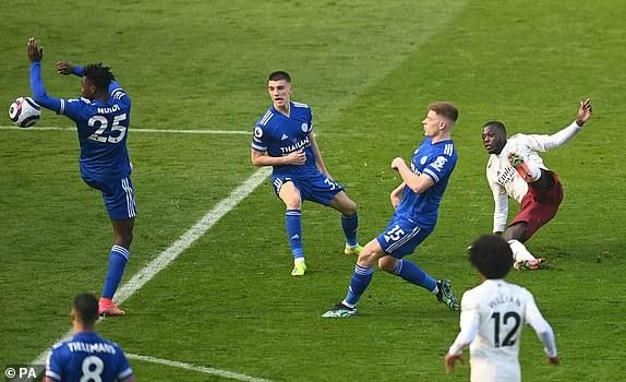 Arsenal ngược dòng đánh bại Leicester City - ảnh 4