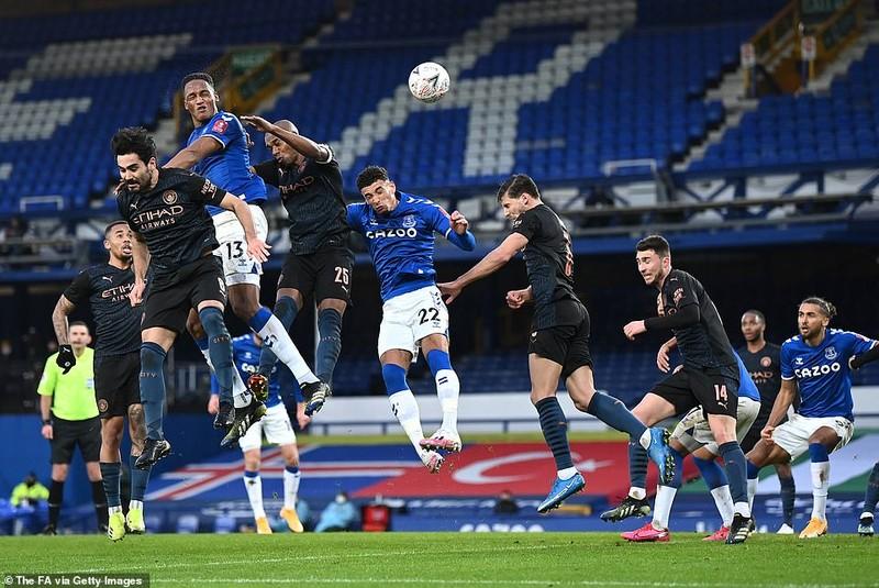 10 phút kịch tính giúp Man. City giành vé vào bán kết FA Cup - ảnh 2